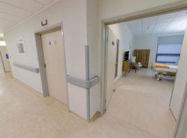 1 piętro – Położnictwo Hall widok na sale pobytową